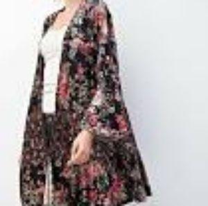 EASEL Women's Floral Velvet Cardigan Sweater Long